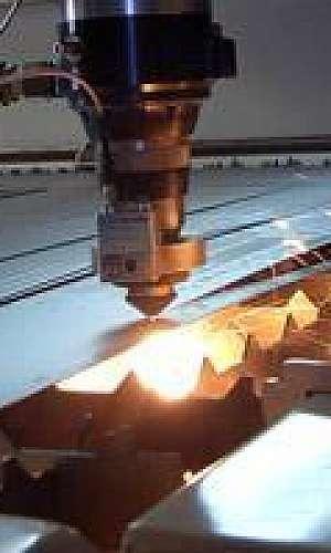 Corte a laser em metal