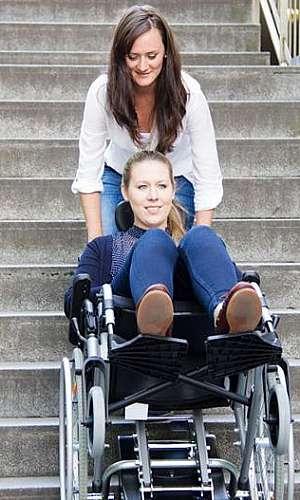 Escalador de escadas para cadeirantes